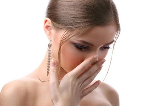 Khí hư có mùi hôi là bệnh gì?